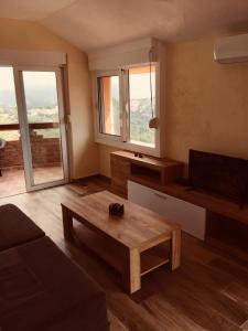 Apartments Bonaca, Ferienwohnungen  Budva - big - 26