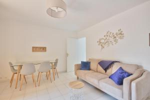 Near CAP D'ANTIBES & BEACH Two-bedroom