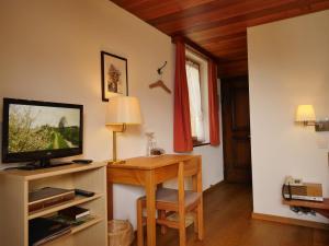 Hotel Alpenblick, Отели  Ценегген - big - 12