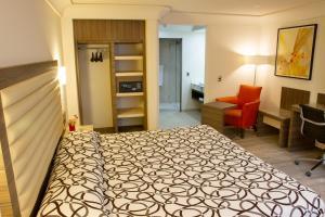 Отель Econo Express Hotel, Мехико