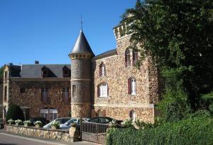 Gîtes Castel des Cèdres