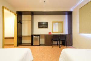 ZEN Rooms Ninoy Aquino Airport, Hotely  Manila - big - 22