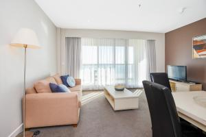 Pier Luxury Apartments, Apartmány  Adelaide - big - 4