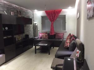 Bab Rayan Apartment, Apartments  Dar Bouazza - big - 27