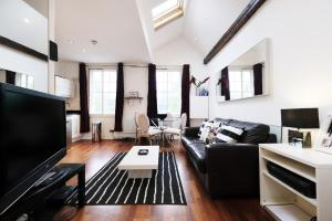 New Super 1 BD Flat in the Heart of Islington, Apartmány  Londýn - big - 3