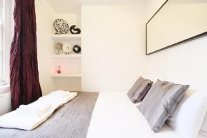New Super 1 BD Flat in the Heart of Islington, Apartmány  Londýn - big - 5