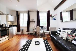 New Super 1 BD Flat in the Heart of Islington, Apartmány  Londýn - big - 7