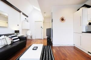New Super 1 BD Flat in the Heart of Islington, Apartmány  Londýn - big - 11