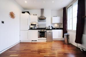 New Super 1 BD Flat in the Heart of Islington, Apartmány  Londýn - big - 12