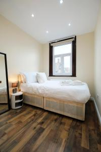 NEW 2BD Flat in Vibrant City Centre Camden!, Apartmány  Londýn - big - 2