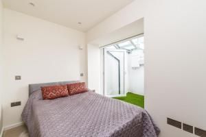 NEW Modern 2BD House in the Heart of Hampstead, Апартаменты  Лондон - big - 7