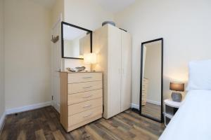 NEW 2BD Flat in Vibrant City Centre Camden!, Apartmány  Londýn - big - 9