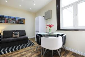 NEW 2BD Flat in Vibrant City Centre Camden!, Apartments  London - big - 13