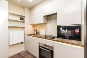NEW Modern 2BD House in the Heart of Hampstead, Апартаменты  Лондон - big - 10