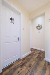NEW 2BD Flat in Vibrant City Centre Camden!, Apartmány  Londýn - big - 15