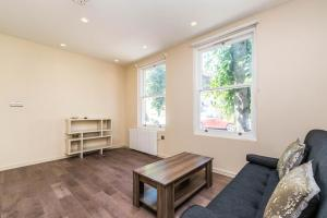 NEW Modern 2BD House in the Heart of Hampstead, Апартаменты  Лондон - big - 14