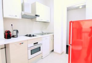 Four-Bedroom Apartment - Independencia, 380