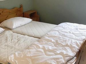 Four-Bedroom Holiday home in Fjällbacka 1, Ferienhäuser  Fjällbacka - big - 11