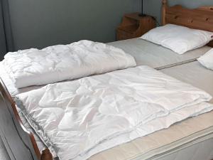 Four-Bedroom Holiday home in Fjällbacka 1, Ferienhäuser  Fjällbacka - big - 15