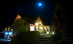 Hostería Casa del Lago, Penziony – hostince  Villa La Angostura - big - 25