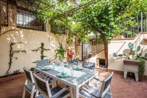 Amazing 3 bed flat w/Patio near San Marco Museum
