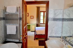 Castello Delle Serre, Bed and breakfasts  Rapolano Terme - big - 22
