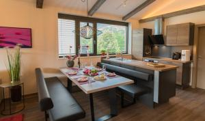Schönblick Residence - Absolut Alpine Apartments, Apartmanok  Zell am See - big - 99