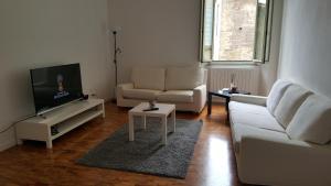 Ampio Appartamento in Centro Storico - AbcAlberghi.com