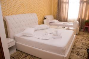 Hotel Arberia, Szállodák  Tirana - big - 26
