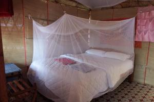 1 BR Rustic hut in Agonda (A719), by GuestHouser