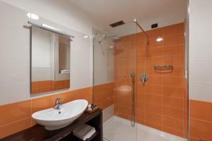 Hotel Motel Futura, Motely  Paderno Dugnano - big - 22