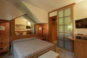 Hotel Motel Futura, Motely  Paderno Dugnano - big - 1