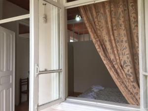 Lazuri Keria Family Guesthouse, Penziony  Khoni - big - 33