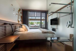Double Room with Seine River View
