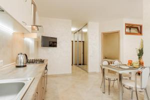Victory Park apartment, Apartmanok  Odessza - big - 2