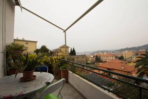 Apartment with sea view terrace - AbcAlberghi.com