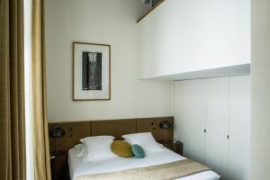 Hotel Marignan Champs-Elysées, Отели  Париж - big - 56