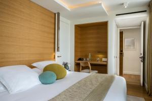 Hotel Marignan Champs-Elysées, Отели  Париж - big - 10