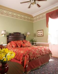 The Queen Victoria Bed & Breakfast, Bed and breakfasts  Cape May - big - 9