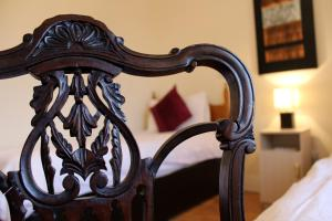 Westbrook House Guest Accommodation, Bed & Breakfasts  Ennis - big - 9