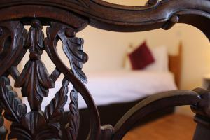 Westbrook House Guest Accommodation, Bed & Breakfasts  Ennis - big - 8