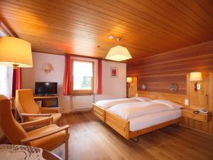 Hotel Alpenblick, Szállodák  Zeneggen - big - 44