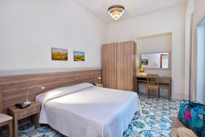 Hotel Casa Di Meglio, Отели  Искья - big - 9