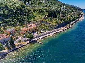 Albergo Del Garda - AbcAlberghi.com