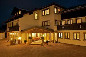 Hubertushof Hotel & Restaurant