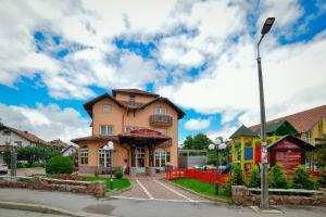 Villa Romantika, Apartmány  Zlatibor - big - 166