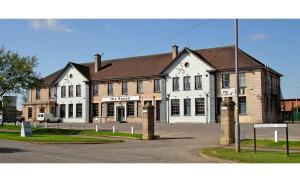 The Raven Hotel, Hotely  Corby - big - 1