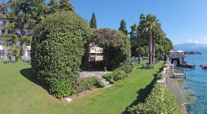 Hotel Villa Capri, Hotel  Gardone Riviera - big - 54