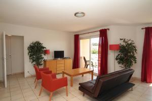 Résidence La Pinède, Apartmanhotelek  Le Barcarès - big - 39
