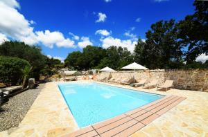 Trulli Alleria, Holiday homes  Ostuni - big - 1